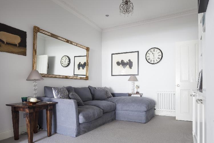 charming sitting area in London Keildon Road luxury apartment