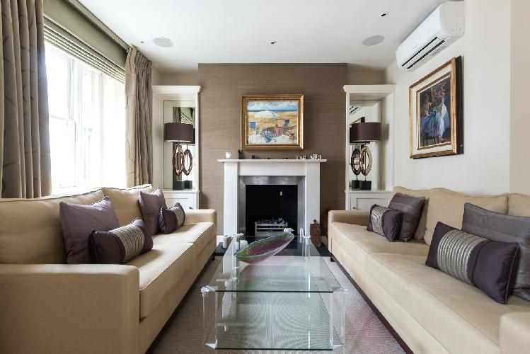 wonderful London Campden Hill Gardens IV luxury apartment and holiday home