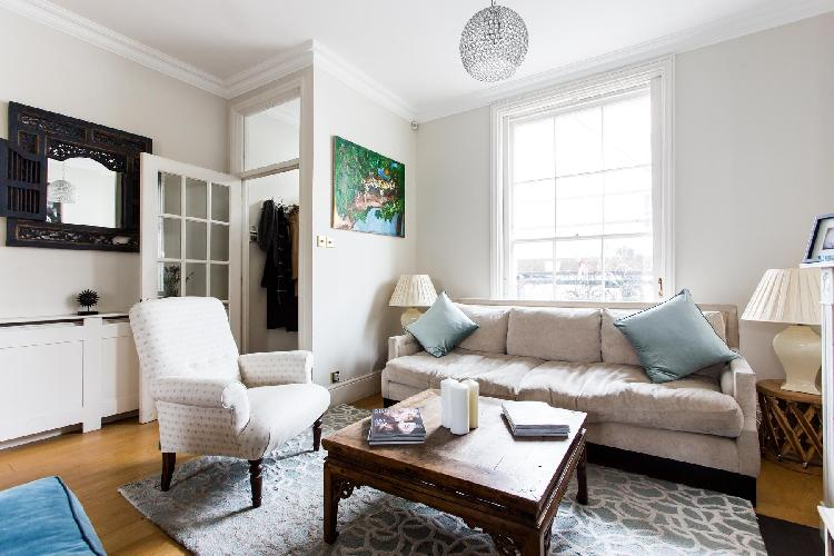 exquisite London Queensdale Road IV luxury apartment and holiday home