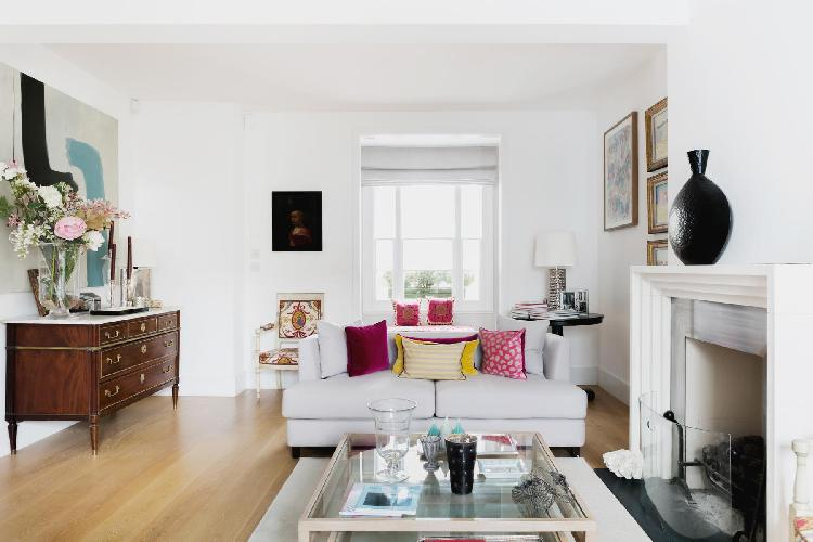 warm and welcoming London Ceylon Road II luxury apartment