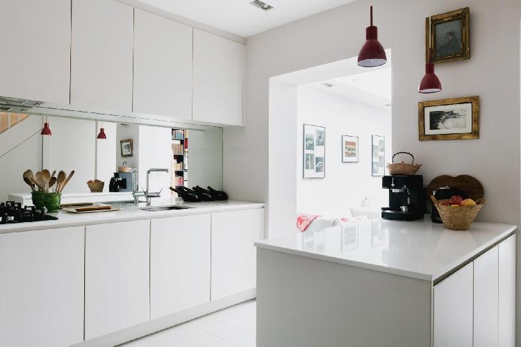 spacious kitche in London Ceylon Road II luxury apartment