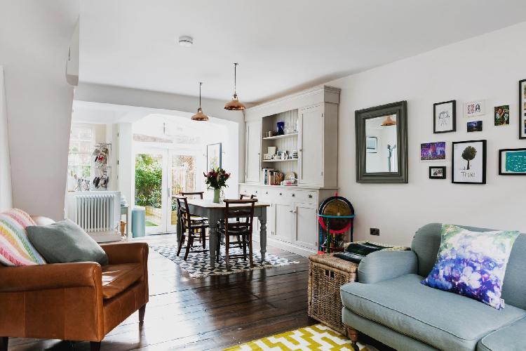 beautiful London Ufford Street luxury apartment and vacation rental