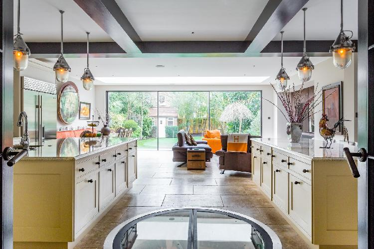 beautiful London Vanbrugh Road luxury apartment and holiday home