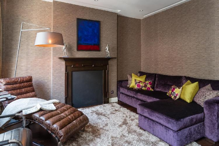 elegant Central London Duke of York Street luxury apartment and vacation rental in Westminster near
