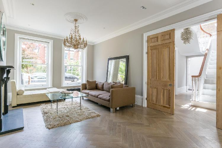 beautiful London Priory Road West luxury apartment and holiday home