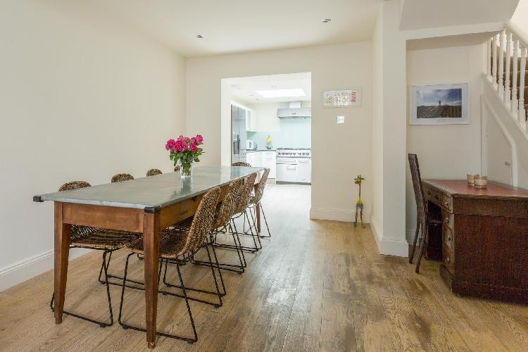 nice dining room of London Heath Villas luxury apartment