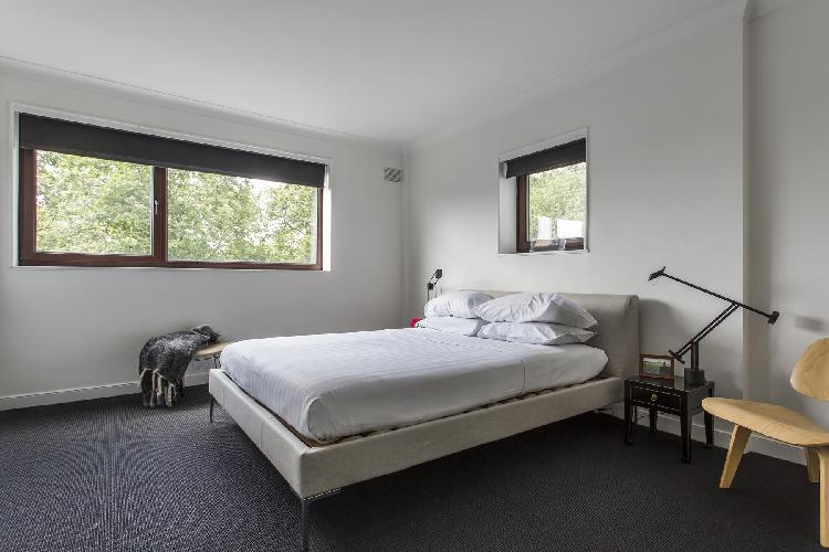 nice bedroom in London Primrose Hill Road II luxury apartment