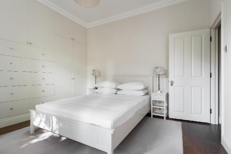 immaculate bedroom of London Cathcart Road IV luxury apartment