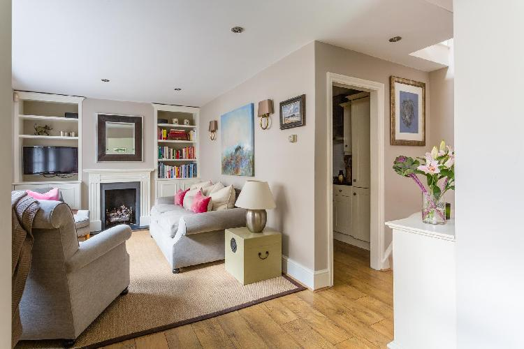 exquisite London Radley Mews luxury apartment and vacation rental