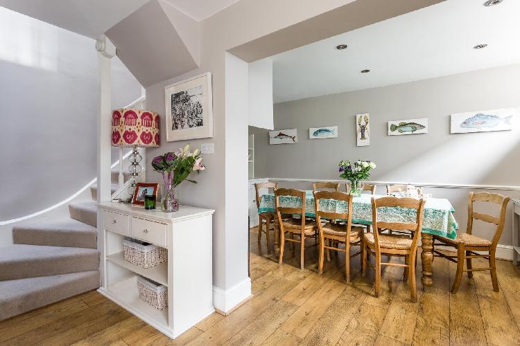 awesome multilevel London Radley Mews luxury apartment