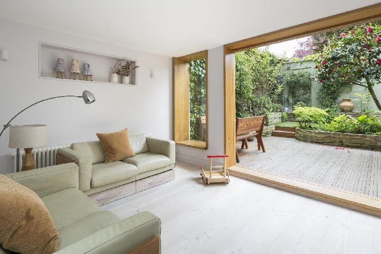 beautiful London Vincent Terrace luxury apartment and holiday home