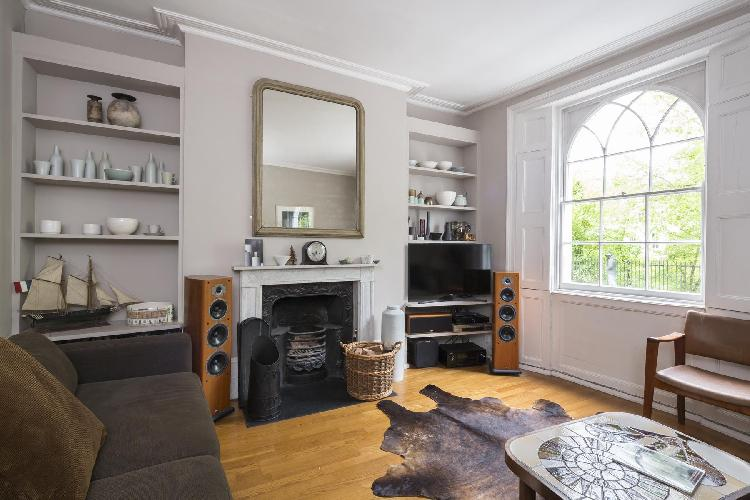exquisite London Vincent Terrace luxury apartment and vacation rental