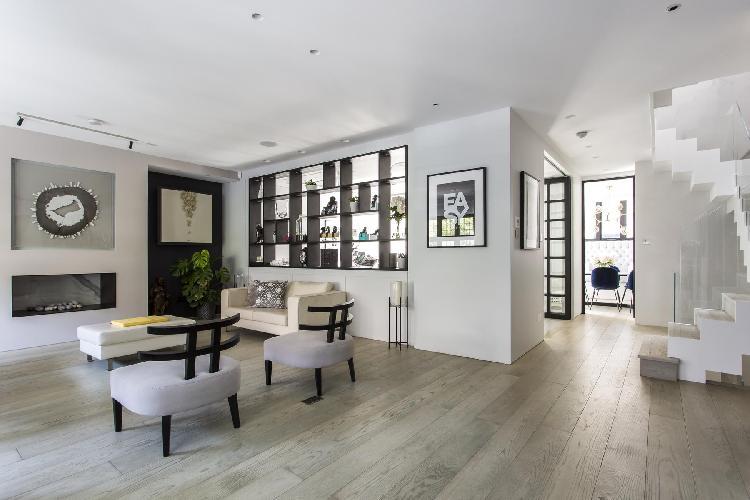 charming London Ormonde Gate IV luxury apartment