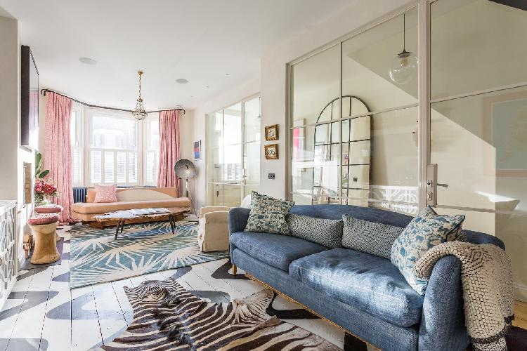 sunny and airy sitting room of London Barlby Road III luxury apartment