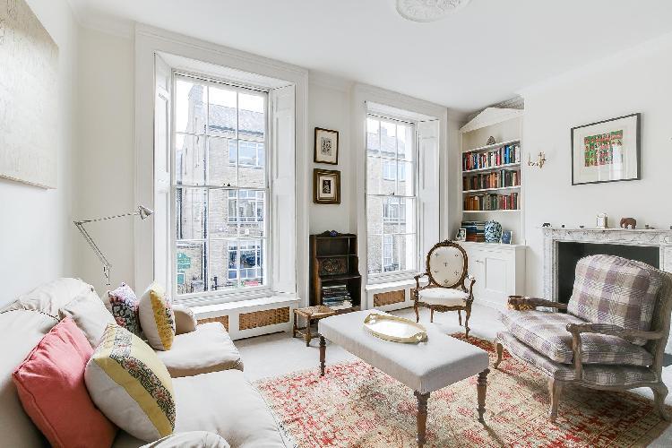 cheery and chic London Cadogan Street III luxury apartment