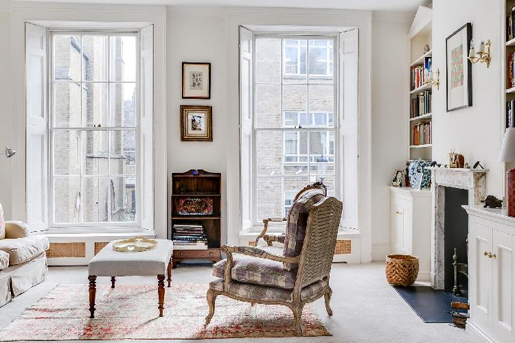 sunny and airy cheery and chic London Cadogan Street III luxury apartment and holiday home