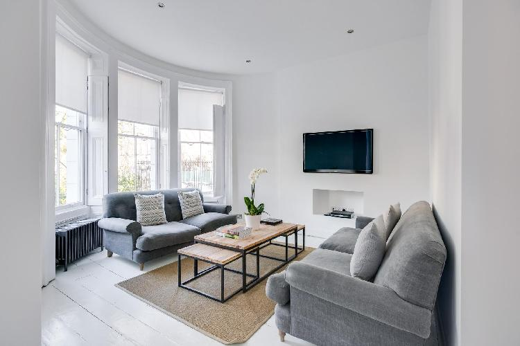 beautiful London Lansdowne Road V luxury apartment and vacation rental