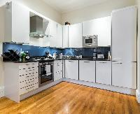 fine-crafted kitchen cabinets in London Apartment 3485 luxury apartment