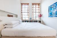 twin bedroom windows in London Airlie Gardens IV luxury apartment
