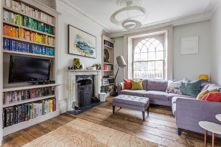 charming and cozy London Canonbury Square III luxury apartment