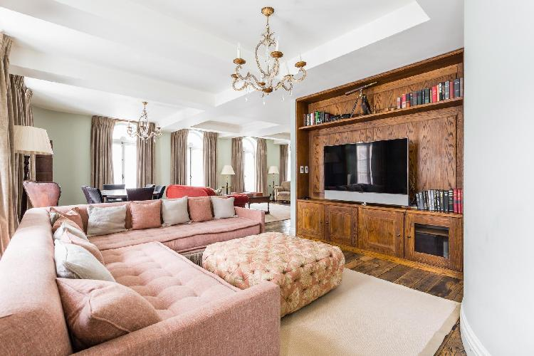 beautiful London Curzon Street II luxury apartment and holiday home near Green Park tube station