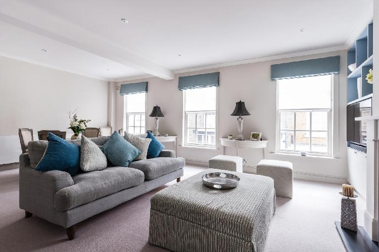 beautiful London Kensington Park Mews luxury apartment and holiday home