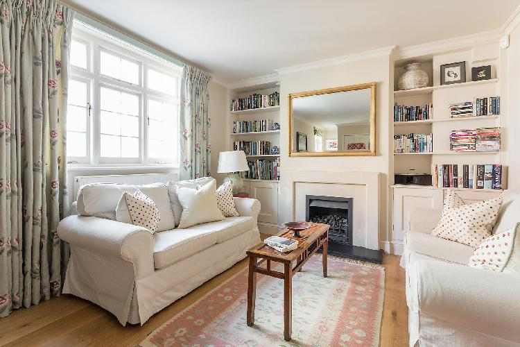 beautiful London Kynance Mews luxury apartment and vacation rental