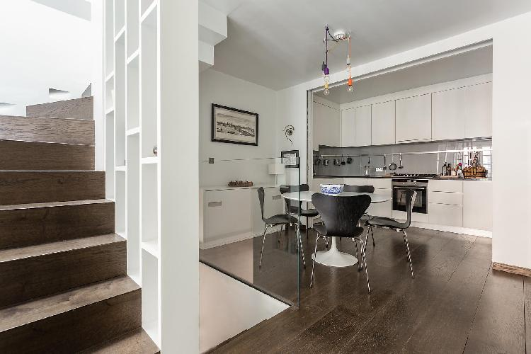 spacious London Rutland Mews South luxury apartment