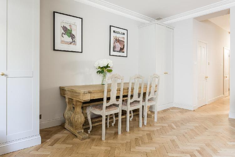 charming London Leinster Square III luxury apartment