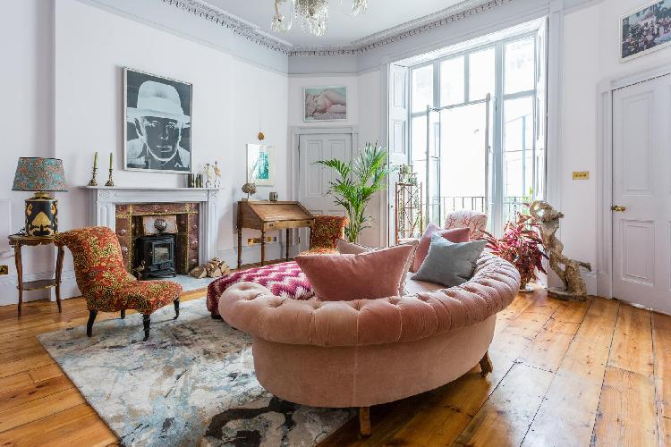 exquisite London Mecklenburgh Square II luxury apartment and vacation rental