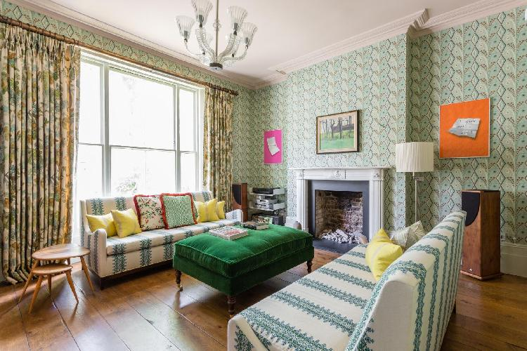 beautiful London Gloucester Crescent III luxury apartment and holiday home