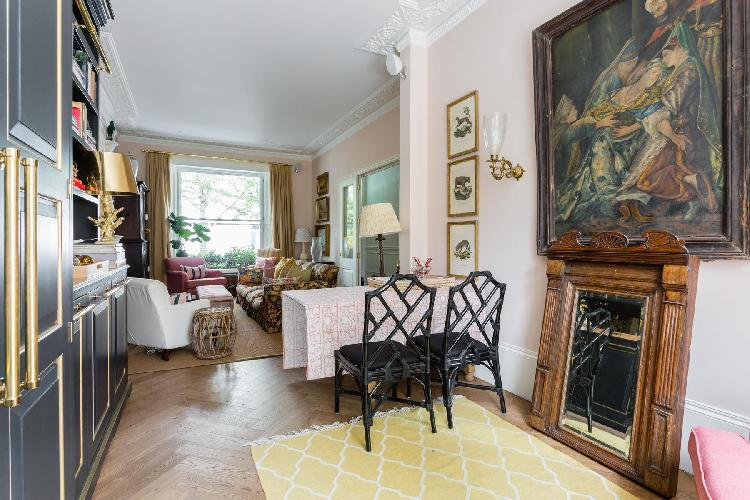charming and chic London Brunswick Gardens II luxury apartment ad holiday home