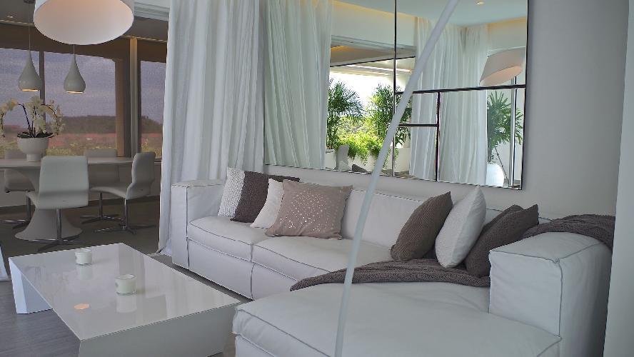 fully furnished Saint Barth Villa Les Jardins de Gustavia luxury holiday home, vacation rental