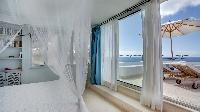 clean bedroom linens in Saint Barth Villa Mauresque luxury holiday home, vacation rental