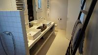 clean toilet and bath in Saint Barth Villa Serenity luxury holiday home, vacation rental
