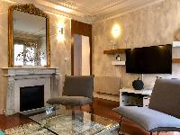 pretty Saint Germain des pres - Abbé Grégoire luxury apartment