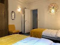 clean and fresh bedding in Saint Germain des pres - Abbé Grégoire luxury apartment
