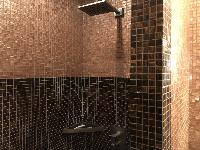 cool shower in Saint Germain des pres - Abbé Grégoire luxury apartment