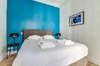 clean bed sheets in Champs Elysées - Foch - 1 Bedroom luxury apartment