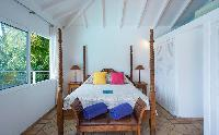 clean bed sheets in Saint Barth Villa Alizée D'Eden luxury holiday home, vacation rental