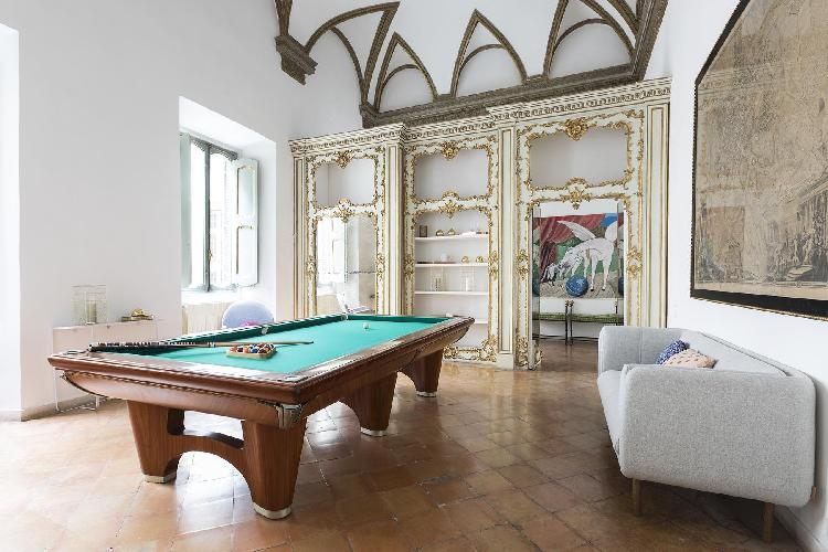 cool game room of ROM - Piazza Mattei Rome luxury apartment