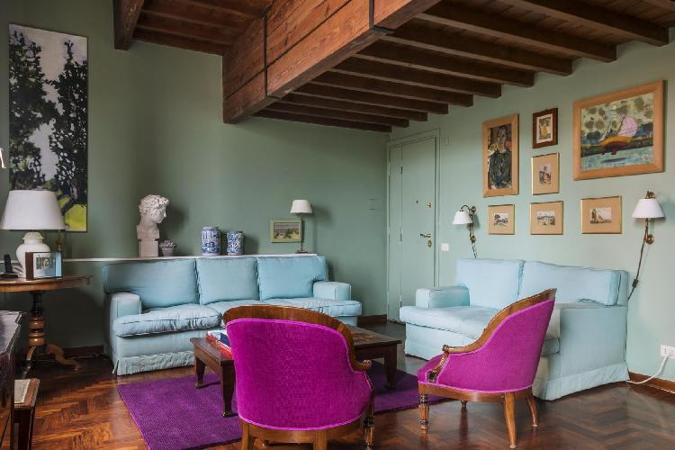 neat Rome - Via della Scala luxury apartment and vacation rental