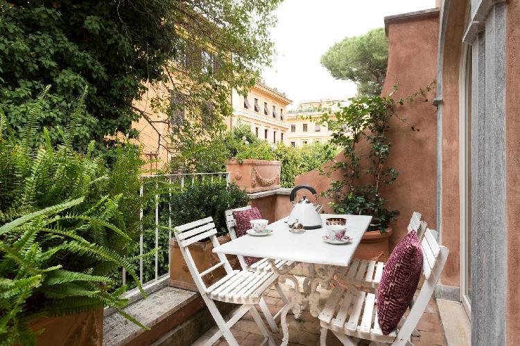 awesome balcony of Rome - Via Dei Tre Orologi luxury apartment