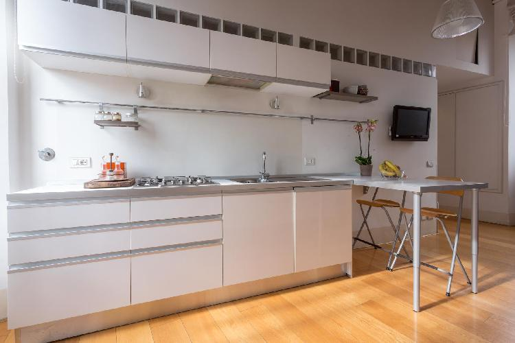 cool modern kitchen of Rome - Piazza Costaguti luxury apartment