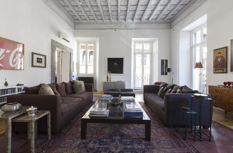elegant living room of Rome - Piazza di Santa Caterina della Rota luxury apartment