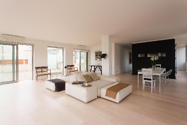 awesome Rome - Via Alberto Cadlolo luxury apartment and holiday home