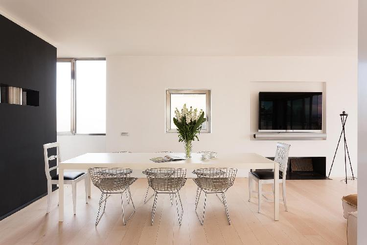 well-appointed Rome - Via Alberto Cadlolo luxury apartment