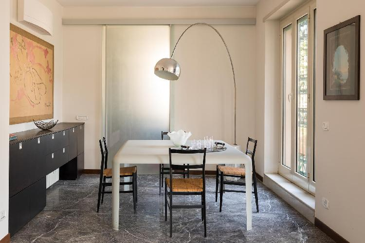 delightful dining room of Villa Borghese-Roma Nord - Via Adelaide Ristori luxury apartment