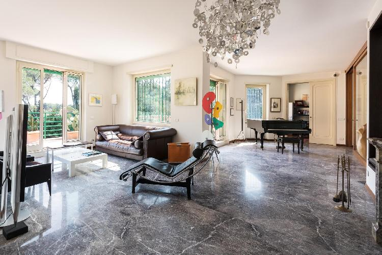 sunny and airy Villa Borghese-Roma Nord - Via Adelaide Ristori luxury apartment