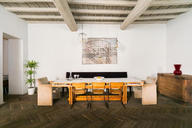 delightful dining room of Navona-Pantheon-Venezia - Via Capo di Ferro luxury apartment